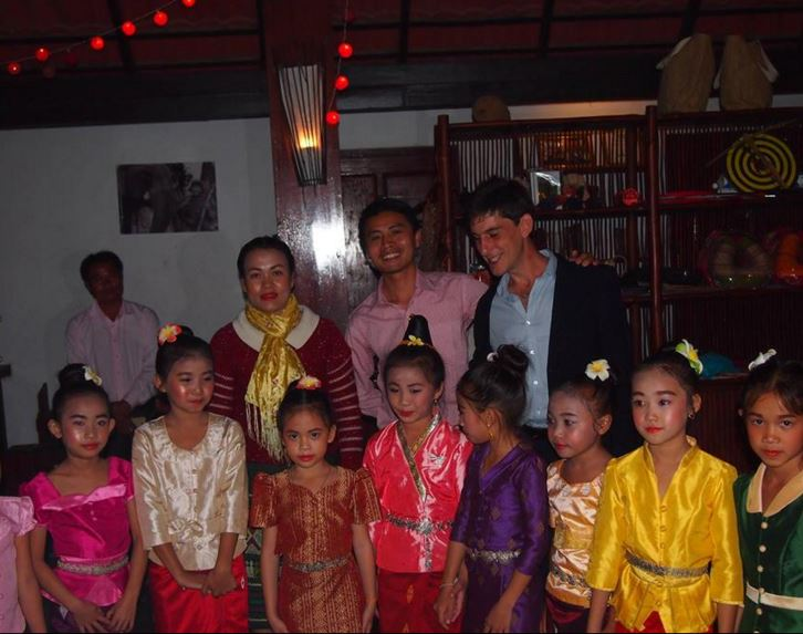 School Dance Pakbeng Lodge.JPG